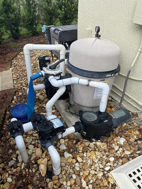 newly-replumbed-pool-equipment-new-valves (640-480)
