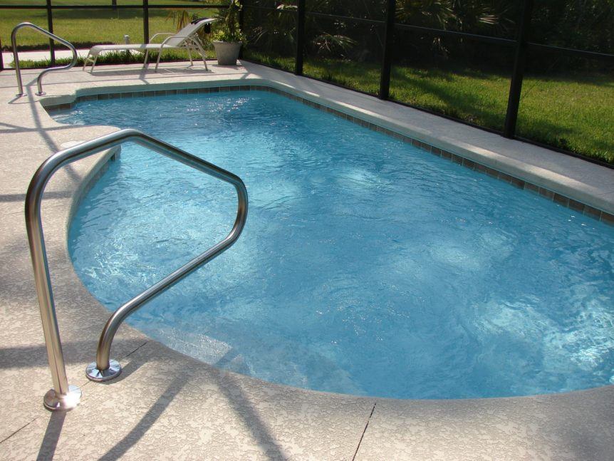 swimming-pool-862x647